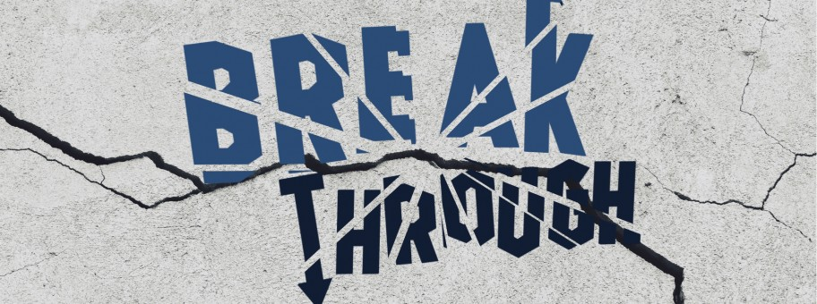 Breakthrough Series Graphics_Projector MASTER Title